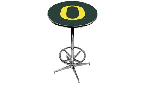 University of Oregon Pub Tables